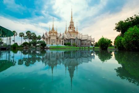 泰国 宫殿 佛 寺庙 5K风景超高清壁纸推荐