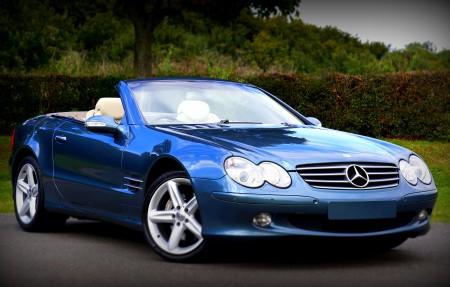 梅赛德斯 蓝色奔驰车4K图片