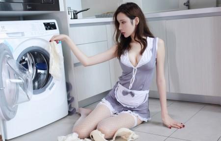 萌琪琪Irene 厨房性感美女4k超高清壁纸精选