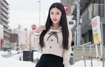 白衬衫 黑色裙子 长发清纯可爱美女陈嘉嘉4k高端电脑桌面壁纸