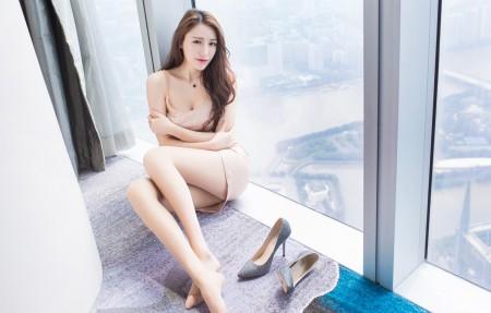 时尚短裙美女刘奕宁4k超高清壁纸精选