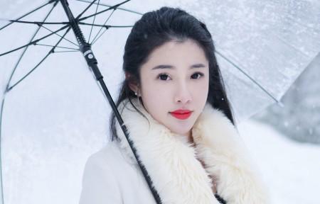 白色雪景美女陈嘉嘉3440x1440超高清壁纸精选
