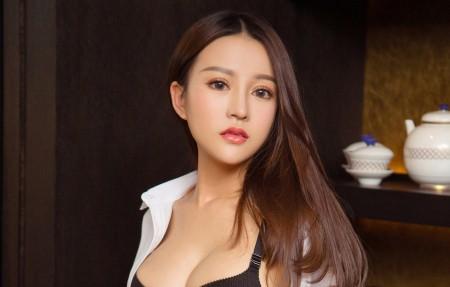 韩乐优 长发性感美女模特4k高端电脑桌面壁纸