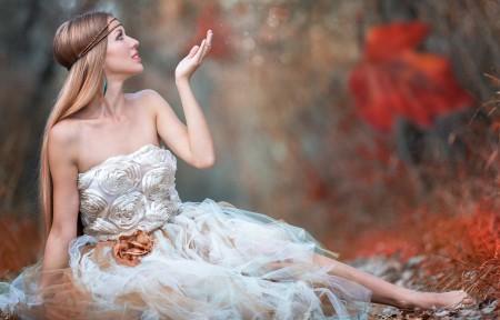 森林 树叶 白色礼服裙子 唯美长发美女3440x1440高端电脑桌面壁纸