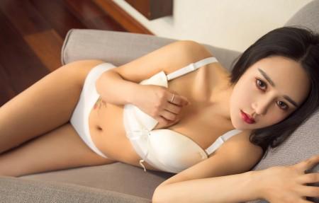 陈嘉嘉 性感美女模特 比基尼 白色内衣 4k高端电脑桌面壁纸