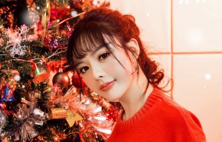 周熙妍 圣诞节可爱美女4k高端电脑桌面壁纸