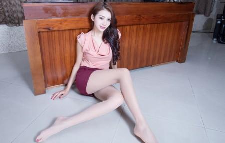 腿模Jennifer 丝袜美腿 4K美女超高清壁纸精选