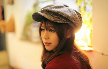 戴帽子的美女3840x2160高端电脑桌面壁纸