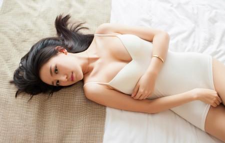 刘奕宁Lynn 美女模特 白色内衣写真 4K超高清壁纸精选