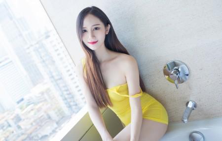 SISY思 长发美女模特 性感身材 4K高端电脑桌面壁纸