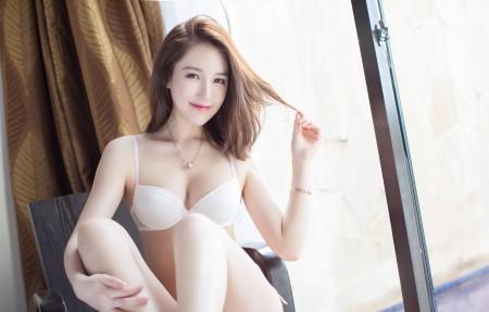 白色内衣 性感美女 刘奕宁4K超高清壁纸精选