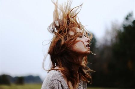 女孩 头发 艺术摄影 5K美女高端电脑桌面壁纸