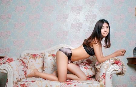 绮里嘉Ula 4K美女高端电脑桌面壁纸
