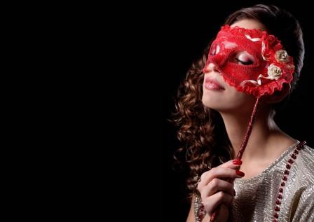 女孩 化妆 口红 面具 7K美女高端电脑桌面壁纸