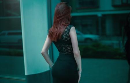 美女 背后 美屁 优雅 5K美女超高清壁纸精选