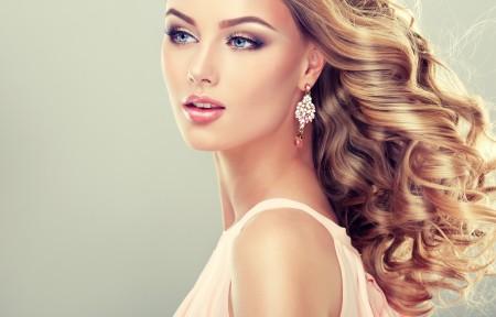 时尚漂亮美女模特4K高端电脑桌面壁纸