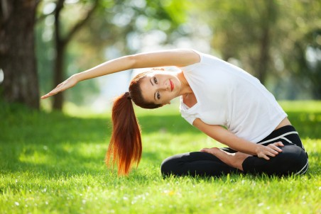 瑜珈美女姿势5K超高清壁纸精选