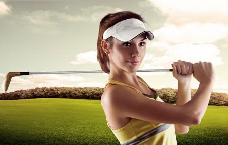 打高尔夫的美女5K超高清壁纸精选