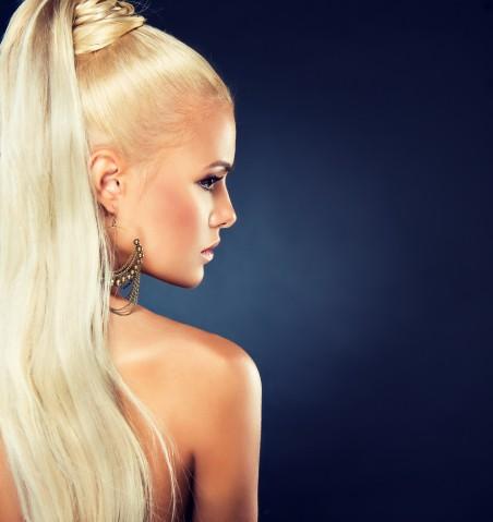 金发 模特 睫毛 4K美女高端电脑桌面壁纸