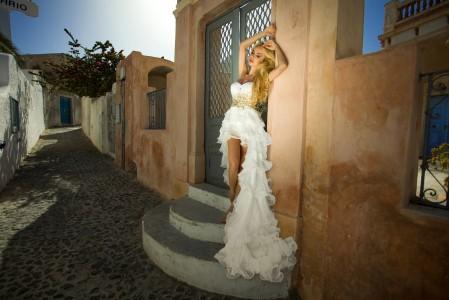 金发美女模特 白色礼服长裙子 摄影 4K美女高端电脑桌面壁纸