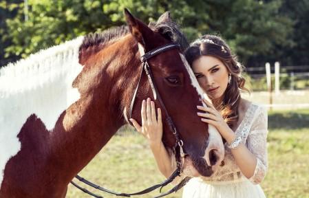 夏天 女孩和马 漂亮的美女4K超高清壁纸精选