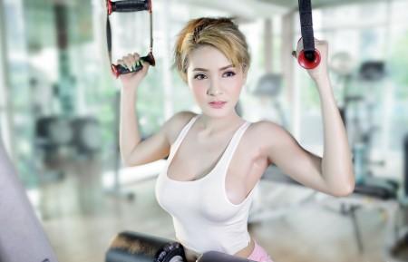 体育锻炼,健身房美女图片