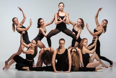 现代芭蕾舞演员美女5K超高清壁纸推荐