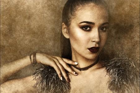 美女 手镯 项链- 肖像 美女4k背景图片