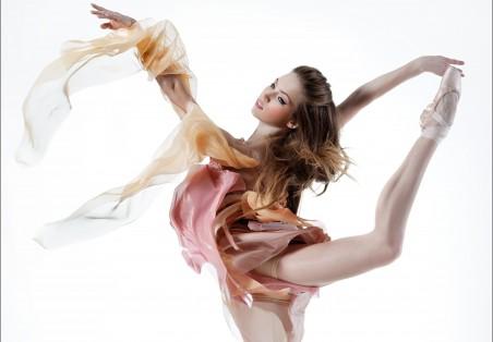 女孩的芭蕾舞蹈6K图片