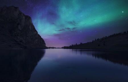 奥罗拉湖的夜晚 瑞士Bannalp湖 冰岛 极光 星空 4K高端电脑桌面壁纸