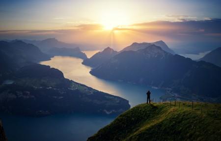 瑞士琉森湖 卢塞恩湖4096x2160风景高端电脑桌面壁纸