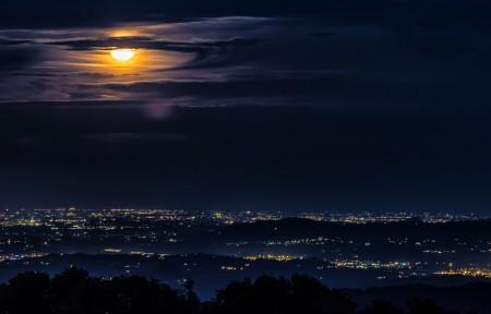明亮的夜晚 城市月亮的云3440x1440带鱼屏超高清壁纸精选