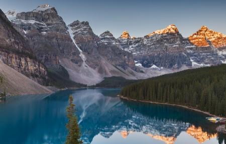 山上的湖风景3440x1440高端电脑桌面壁纸