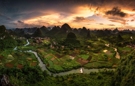 天空 云 河流 山丘 广西桂林山水4k风景高端电脑桌面壁纸