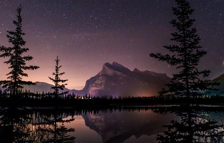 加拿大班夫国家公园的朱砂湖的星空3440x1440风景超高清壁纸精选