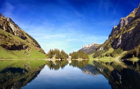 瑞士阿尔卑斯湖4k高端电脑桌面壁纸