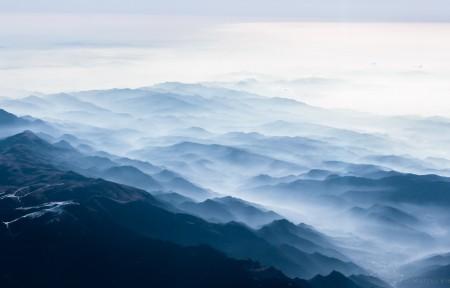 云追逐阿尔卑斯山4k超高清壁纸精选