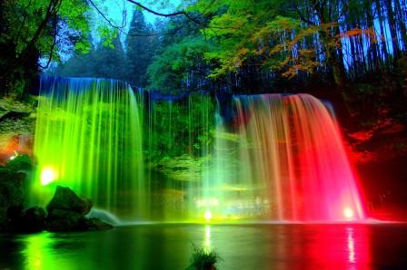 瀑布,公园,岩石,树木,晚上,彩色的瀑布风景4k高端电脑桌面壁纸