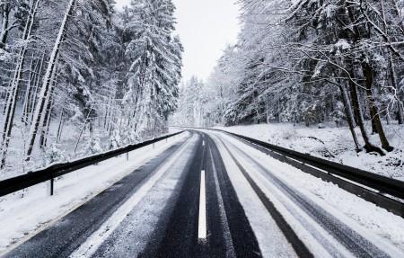冬天的路风景4k高端电脑桌面壁纸