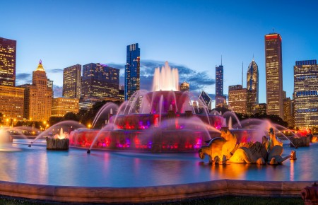 天空,晚上,灯光,美国白金汉喷泉全景8K高清高端电脑桌面壁纸