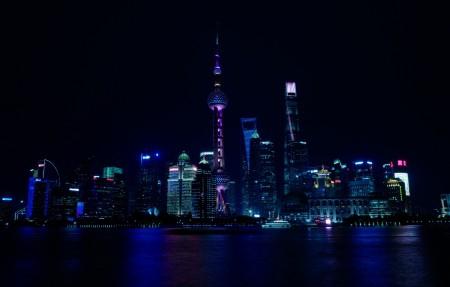 中国上海城市夜景4K高端电脑桌面壁纸