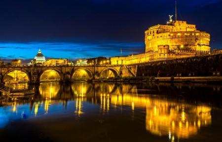 罗马意大利夜景4K高端电脑桌面壁纸
