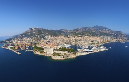 摩纳哥公国的鸟瞰图全景4K高端电脑桌面壁纸