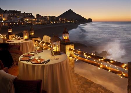 海边,餐桌,餐厅,美丽浪漫海洋日落风景4K高端电脑桌面壁纸