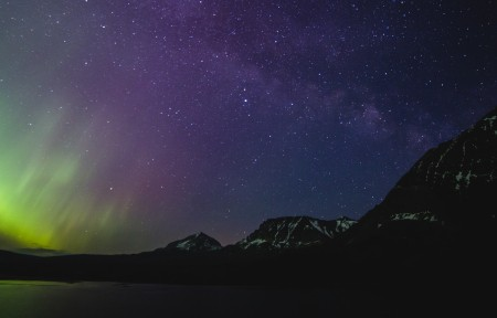 达圣玛丽湖的银河系3440x1440风景超高清壁纸精选