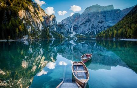 山 湖 倒影 船 5K风景高端电脑桌面壁纸
