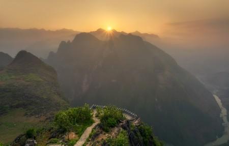 越南的山地壮观日出风景4k超高清壁纸精选