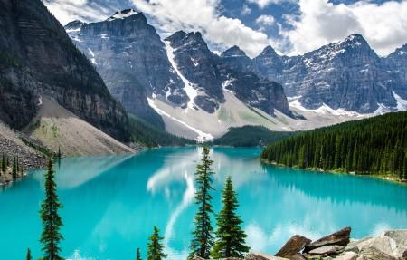 加拿大班夫国家公园 冰碛湖4K风景高端电脑桌面壁纸 3840x2160