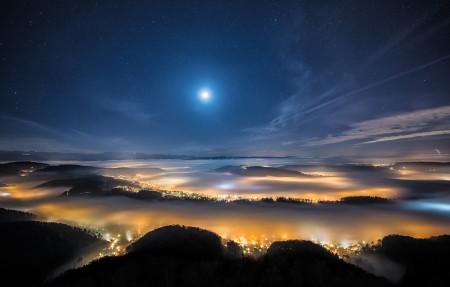 苏黎世旁边的瑞士高山的高峰夜晚风景3840x2160高端电脑桌面壁纸