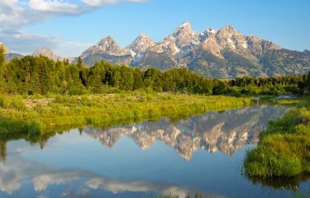 蓝天绿色山水风景3440x1440高清高端电脑桌面壁纸